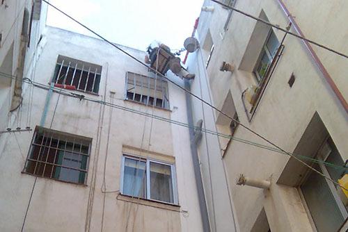 Trabajos verticales en madrid rehabilitaci n de fachadas - Pintado de fachadas ...